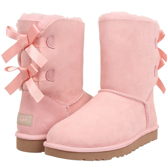26a097cd682 Bailey Bow Uggs Light Pink